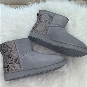 Ugg snakeskin classic boots nwt